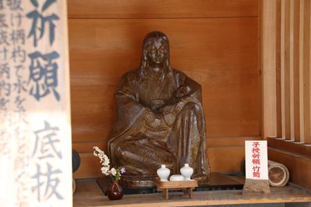 子安神社(八王子)木花開耶姫命像