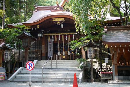子安神社(八王子)本殿の様子